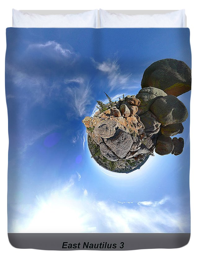 Computational Photography Duvet Cover featuring the photograph East Nautilus 3 by Ron Glaser