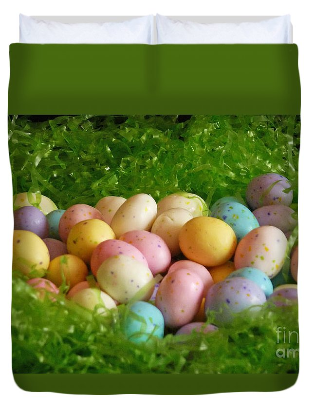 Easter Egg Nest Duvet Cover featuring the photograph Easter Egg Nest by Methune Hively