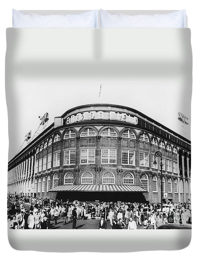 Historic Duvet Cover featuring the photograph Ebbets Field, Brooklyn, Nyc by Photo Researchers