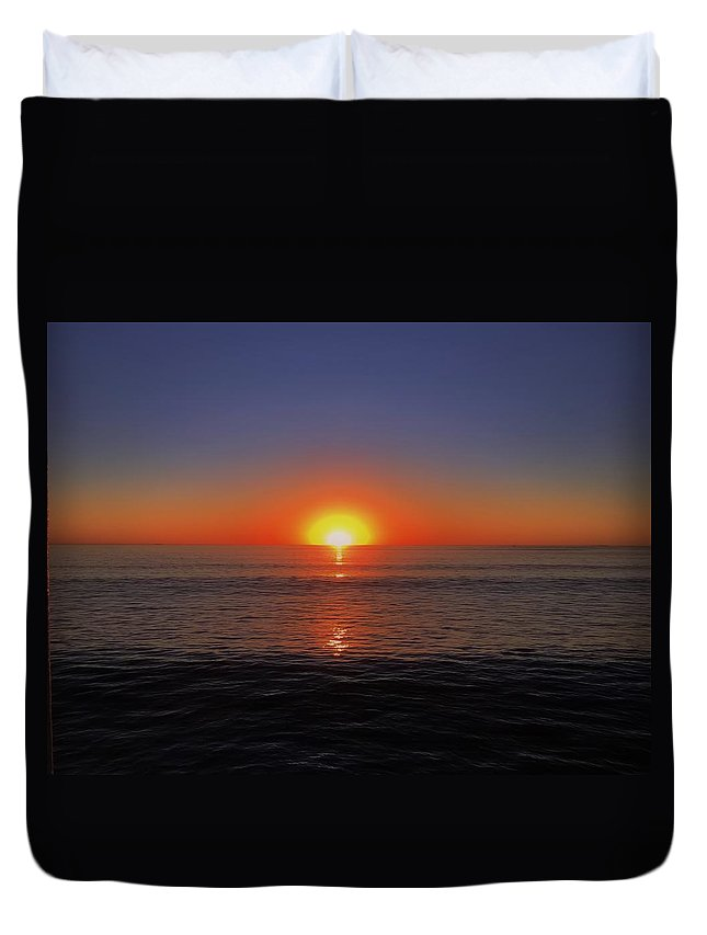 Ocean Duvet Cover featuring the photograph Edge Of Night by Michael Krugman