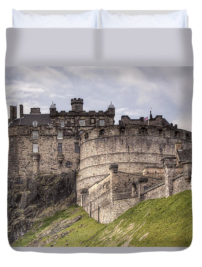 Edinburgh Duvet Cover featuring the photograph Edinburgh Castle by Mark Smith