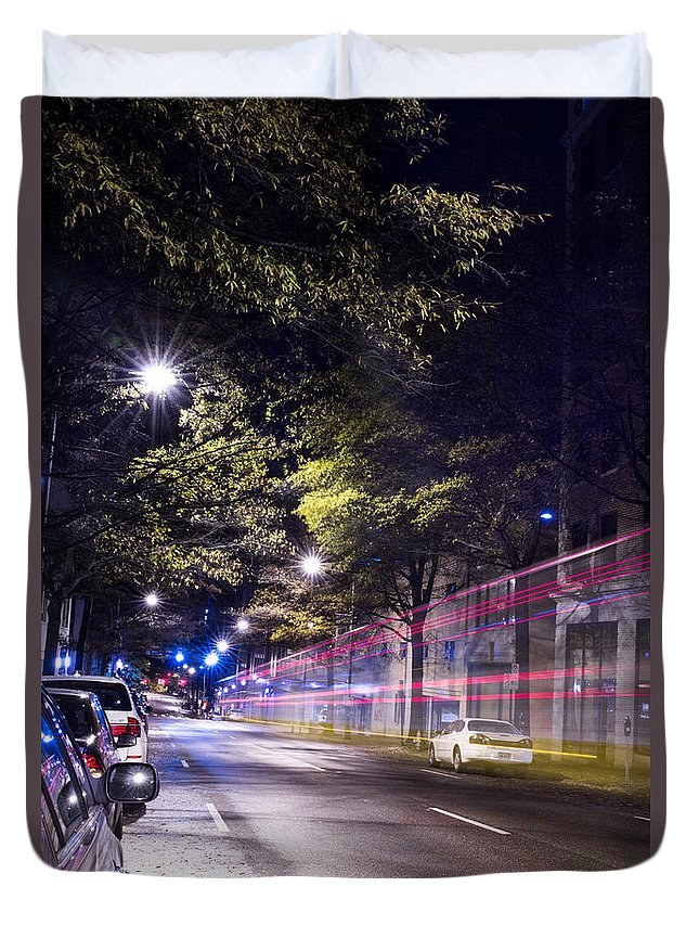 Stree Duvet Cover featuring the photograph Eerie Road by Sammuel Hernandez