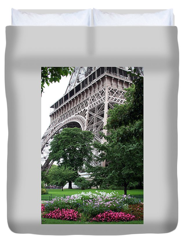 Eiffel Duvet Cover featuring the photograph Eiffel Tower Garden by Margie Wildblood