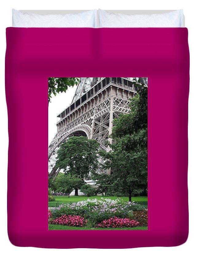 Eiffel Duvet Cover featuring the photograph Eiffel Tower Garden by Margie Wildblood