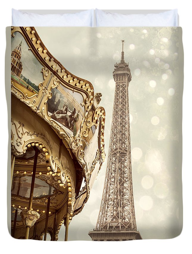 Amusement Duvet Cover featuring the photograph Eiffel Tower by Juli Scalzi