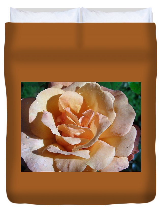 Rose Duvet Cover featuring the photograph Elegant Lady by Larry Lacy