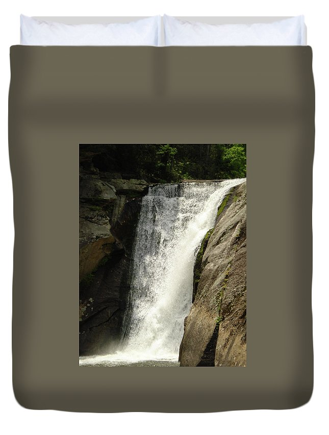 Blue Ridge Parkway Duvet Cover featuring the photograph Elk River 2 by Tracy Crow
