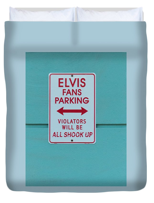 Sign Duvet Cover featuring the photograph Elvis Fans Parking by Jurgen Lorenzen