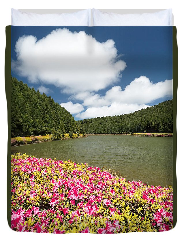 Portugal Duvet Cover featuring the photograph Empadadas Lakes II by Gaspar Avila