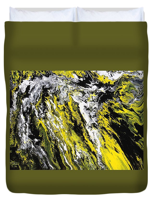 Abstract Duvet Cover featuring the painting Emphasis by Ralph White