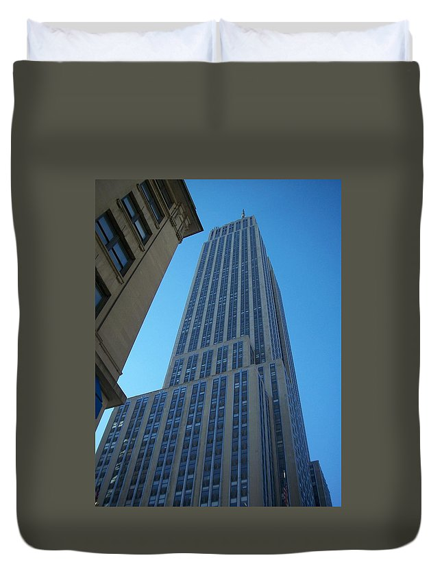 Emoire State Building Duvet Cover featuring the photograph Empire State 2 by Anita Burgermeister