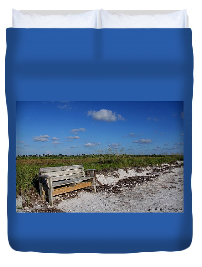 Landscape Duvet Cover featuring the photograph Empty Bench by Barbara Bowen