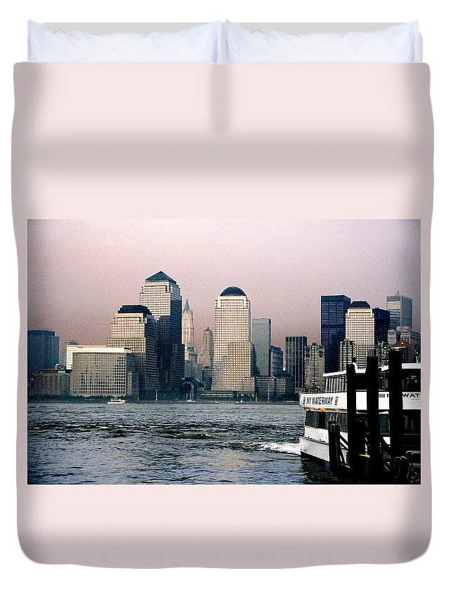 New York Duvet Cover featuring the photograph Empty Sky by Steve Karol
