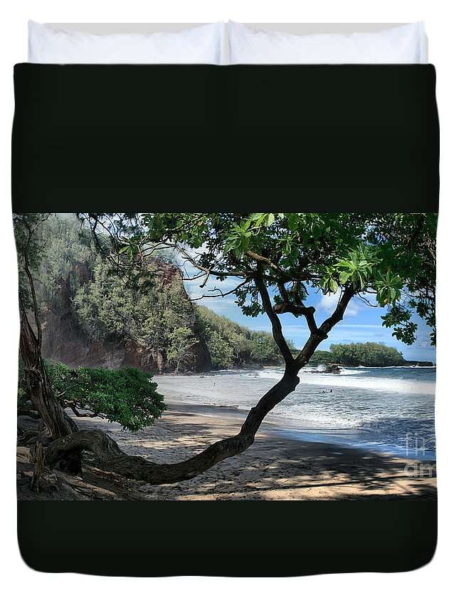 Aloha Duvet Cover featuring the photograph Enchanted Rocks Koki Beach Haneoo Hana Maui Hawaii by Sharon Mau