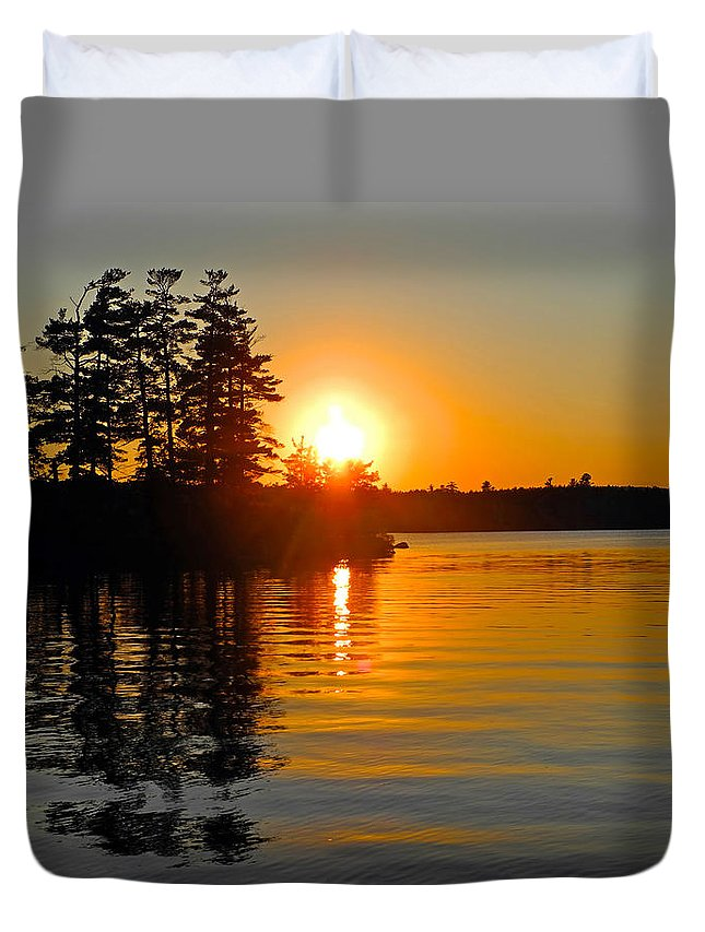 Awesome Duvet Cover featuring the photograph Enchanting Moment by Lynda Lehmann