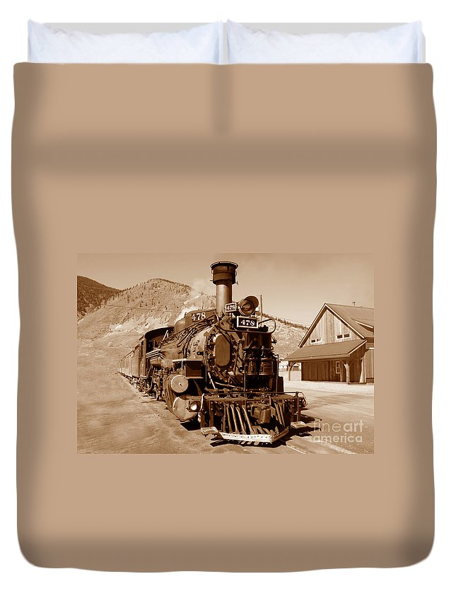 Train Duvet Cover featuring the photograph Engine Number 478 by David Lee Thompson