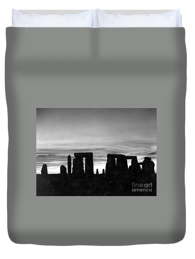 Ancient Duvet Cover featuring the photograph England: Stonehenge by Granger