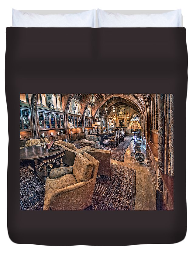Duvet Cover featuring the photograph Entertaining By Randolph by Patrick Boening