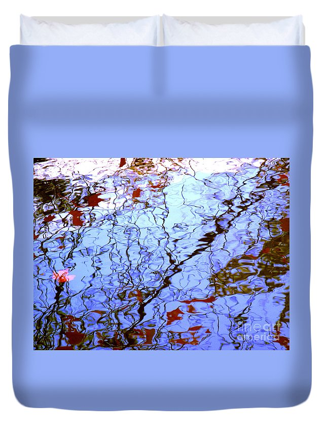 Water Art Duvet Cover featuring the photograph Envisioned Flow by Sybil Staples