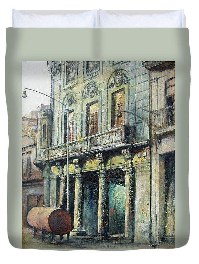 Havana Duvet Cover featuring the painting Esplendor en la habana by Tomas Castano