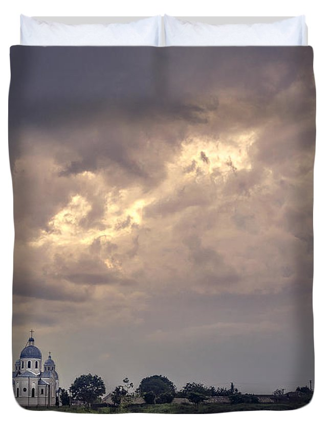 Kremsdorf Duvet Cover featuring the photograph Eternal Storm by Evelina Kremsdorf