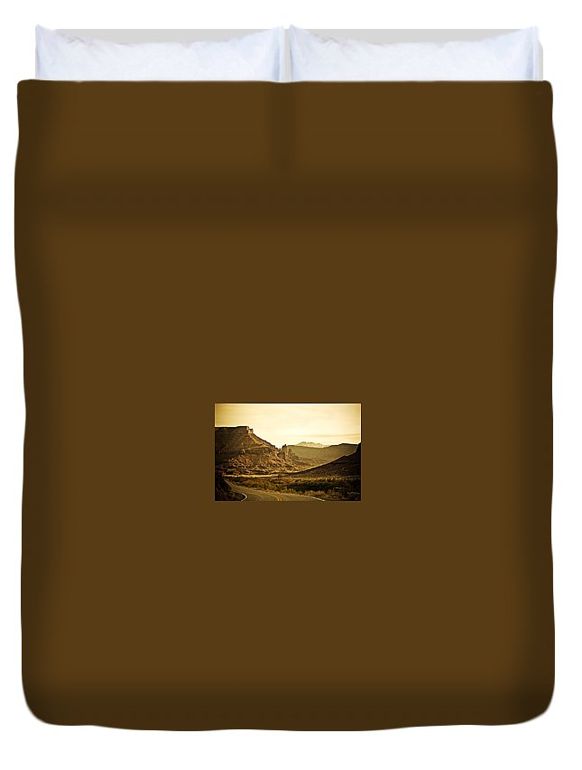 Americana Duvet Cover featuring the photograph Evening In The Canyon by Marilyn Hunt
