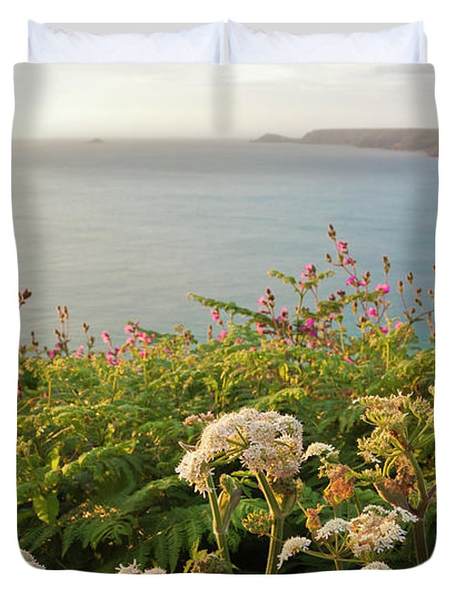 Cornwall Duvet Cover featuring the photograph Evening Light In Cornwall by Terri Waters