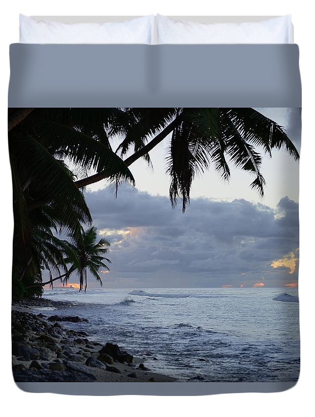 Blue Duvet Cover featuring the photograph Evening On The Beach by Michael Scott
