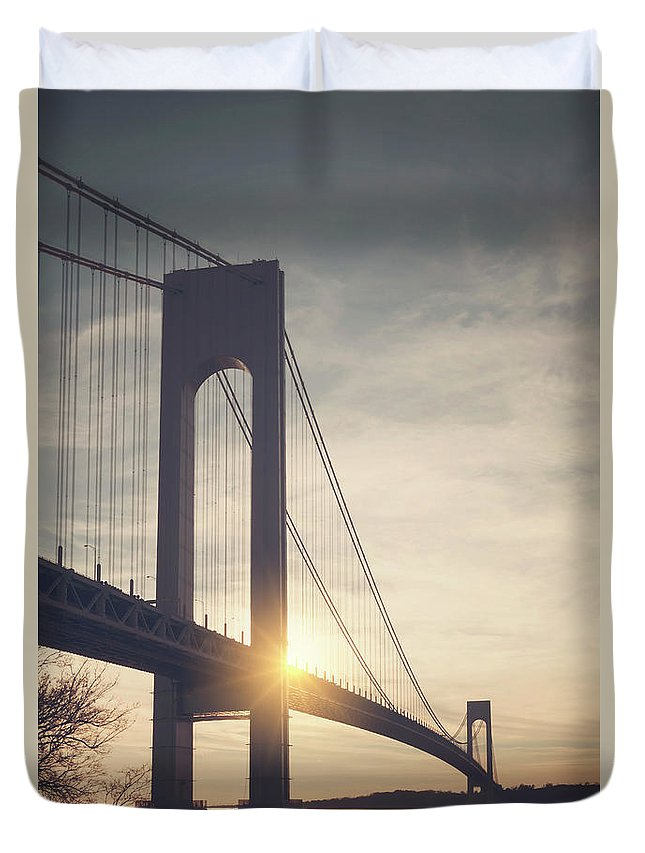 Kremsdorf Duvet Cover featuring the photograph Evening Star by Evelina Kremsdorf
