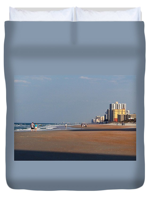 Beach Duvet Cover featuring the photograph Evening Stroll by Peg Urban