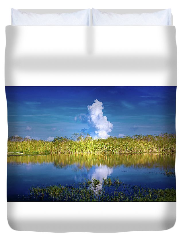 Everglades Duvet Cover featuring the photograph Everglades Smoke by Mark Andrew Thomas