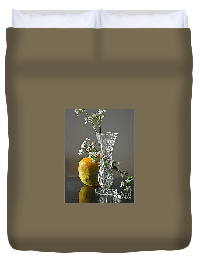 Still Life Duvet Cover featuring the photograph Everlasting Harvest by Shelley Jones