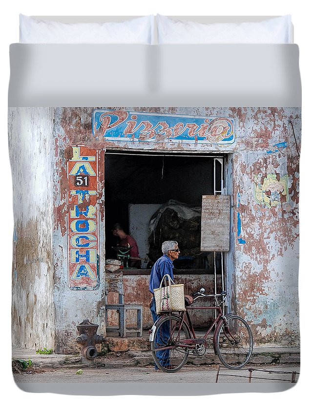 Camaguey; Cuba; Havanna; Habana; Kuba; Pizzeria Duvet Cover featuring the photograph Ex-pizzeria In Camaguey by Marie Schleich