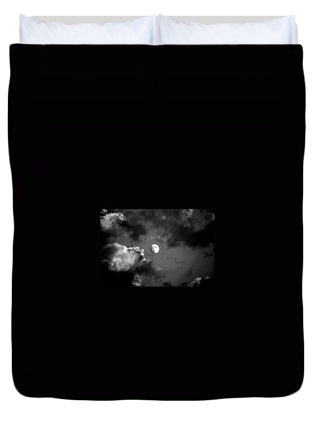 Sky Duvet Cover featuring the photograph Eye In The Sky by Steve Karol