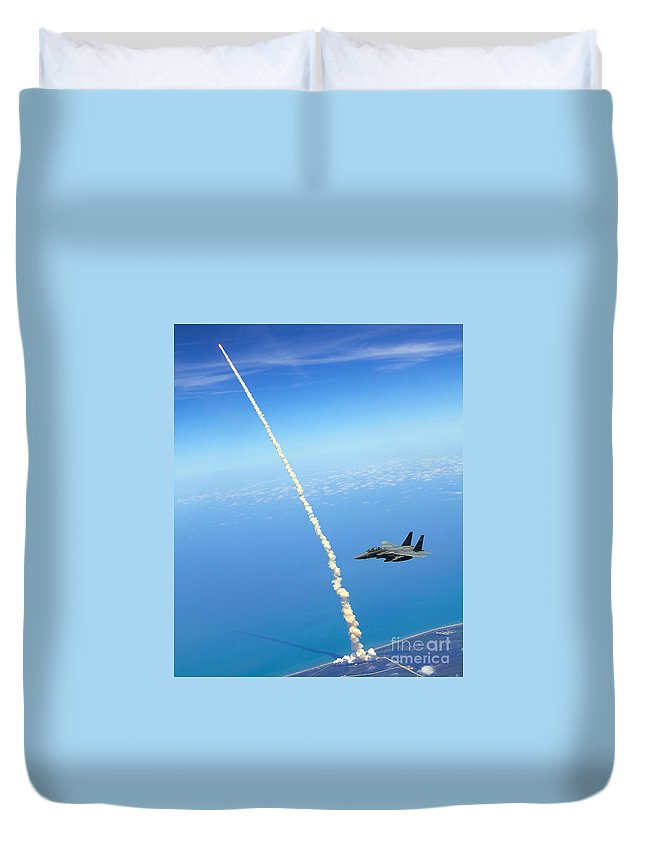 Atlantis Heads Into Space While A Pair Of F-15e Strike Eagle Jets Patrolled The Skies Over Kennedy Space Center. Duvet Cover featuring the painting F-15e Strike Eagle by Celestial Images