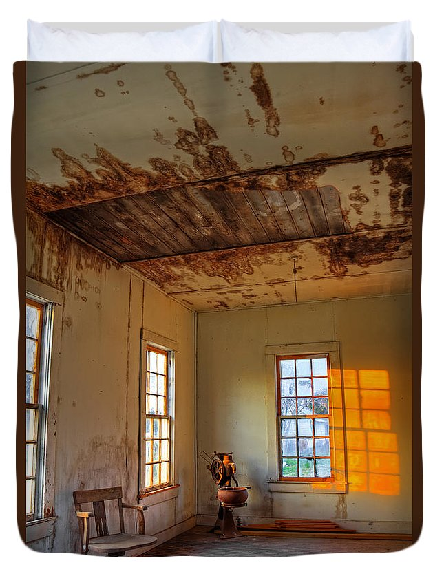 Abandoned Duvet Cover featuring the photograph Fading Away by Mark Alder
