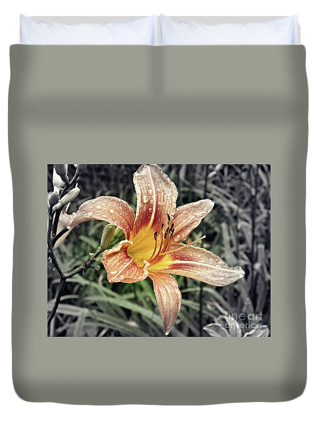 Lily Duvet Cover featuring the photograph Fading Memory by Sarah Loft