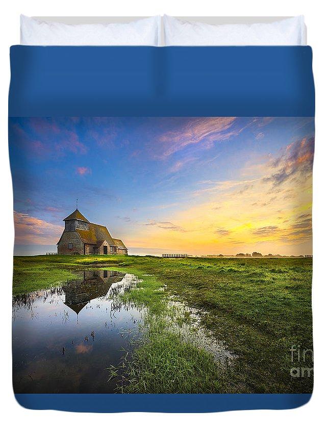Air Duvet Cover featuring the photograph Fairfield Sunrise by Svetlana Sewell