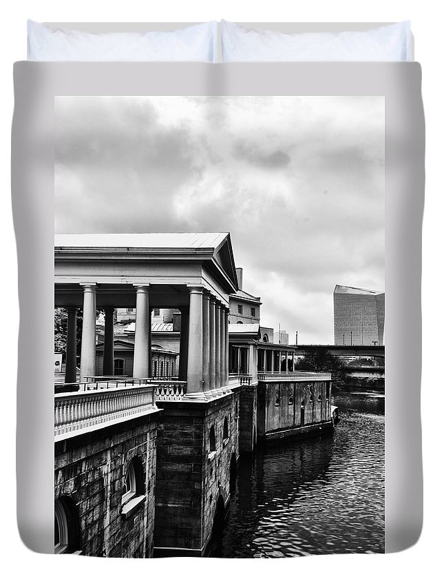 Philadelphia Duvet Cover featuring the photograph Fairmount Water Works In Black And White by Bill Cannon