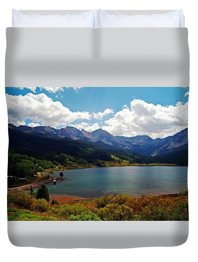 Landscape Duvet Cover featuring the photograph Fall Color At Trout Lake by Glenn Smith