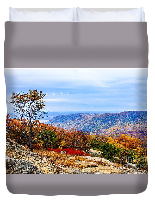 Bear Mountain Park New York Duvet Cover featuring the photograph Fall Colors From Bear Mountain by William Rogers