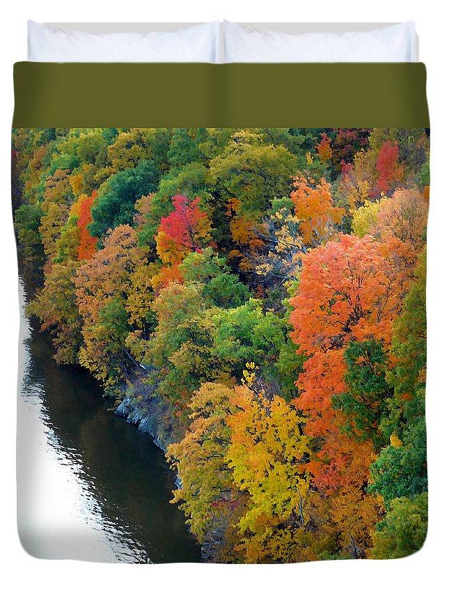 Fall Foliage In Hudson River Duvet Cover featuring the photograph Fall Foliage In Hudson River 1 by Jeelan Clark