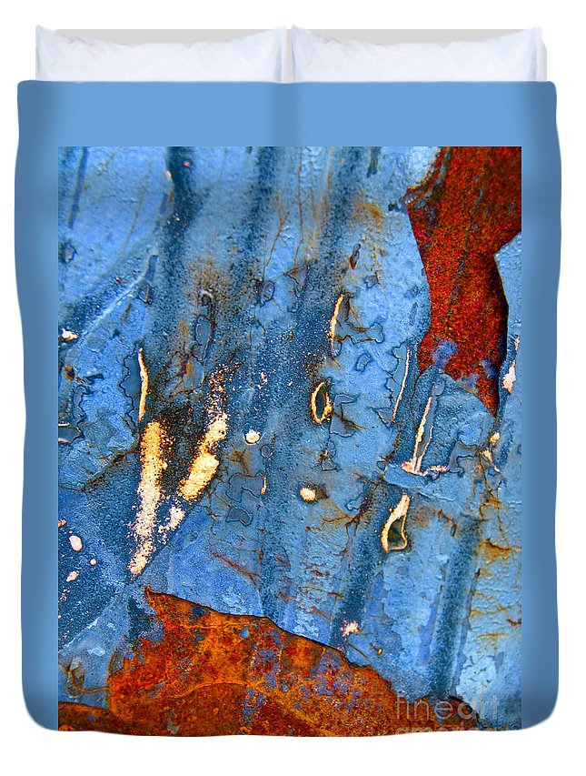 Abstract Duvet Cover featuring the photograph Falling by Tara Turner