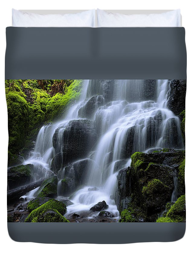 Falls Duvet Cover featuring the photograph Falls by Chad Dutson