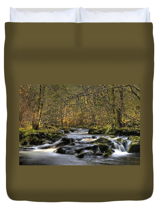 Falltime In Skamania County Duvet Cover featuring the photograph Falltime In Skamania County by Wes and Dotty Weber