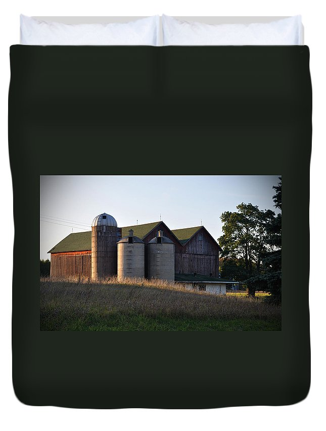 Fall Duvet Cover featuring the photograph Family by Tim Nyberg