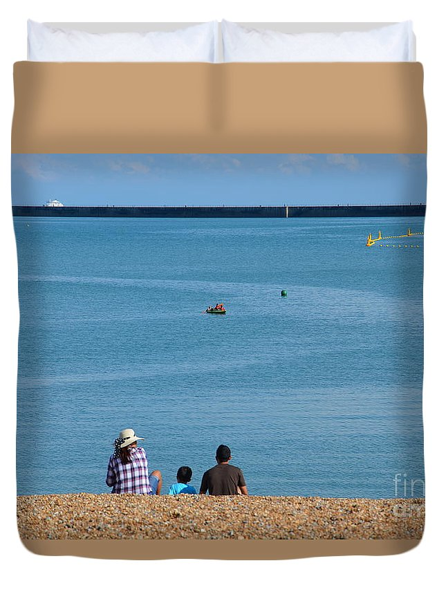 Family Outing Duvet Cover featuring the photograph Family Outing by Des Marquardt