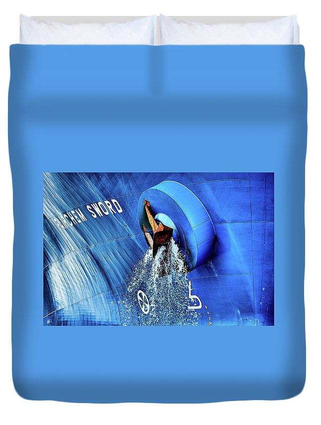 Water Duvet Cover featuring the photograph Farichem Sword by Brian Bjeldbak