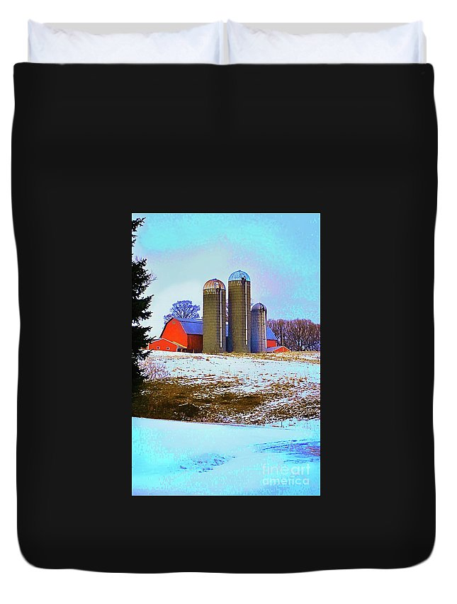Farm Duvet Cover featuring the photograph Farm Up Yander by Linda Simon
