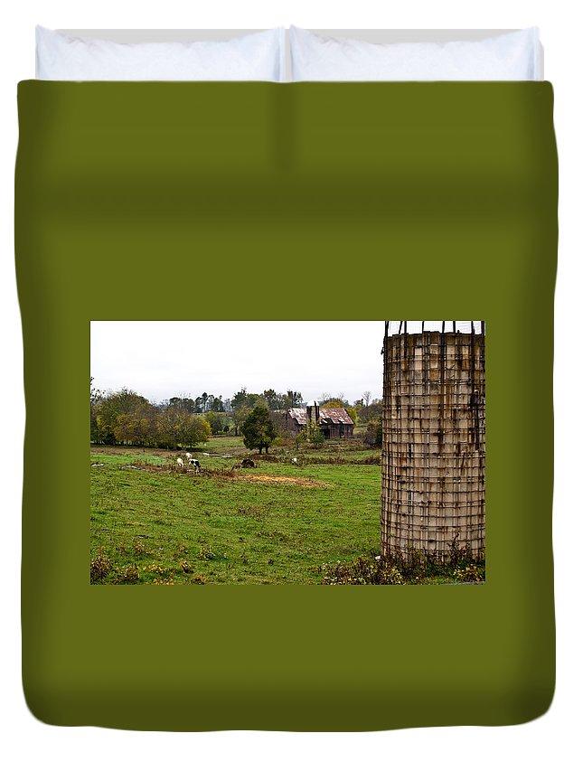Farm Duvet Cover featuring the photograph Farmland by Douglas Barnett